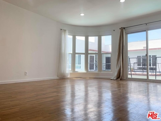 1 Bedroom, Hollywood Hills West Rental in Los Angeles, CA for $2,100 - Photo 1