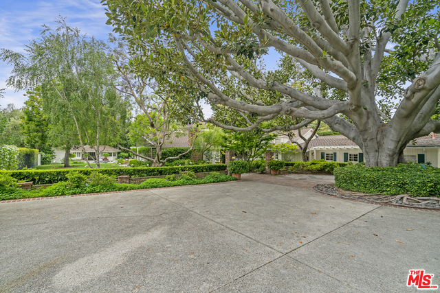 5 Bedrooms, Brentwood Rental in Los Angeles, CA for $50,000 - Photo 1