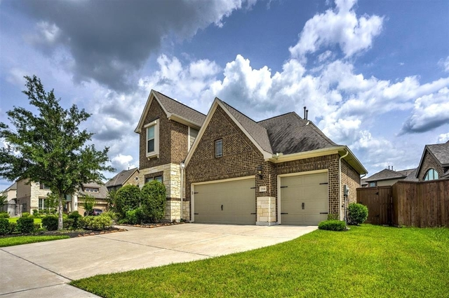 5 Bedrooms, Stafford-Missouri City Rental in Houston for $3,000 - Photo 2