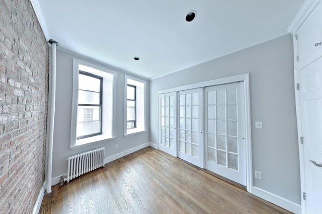 2 Bedrooms, Gramercy Park Rental in NYC for $4,163 - Photo 2