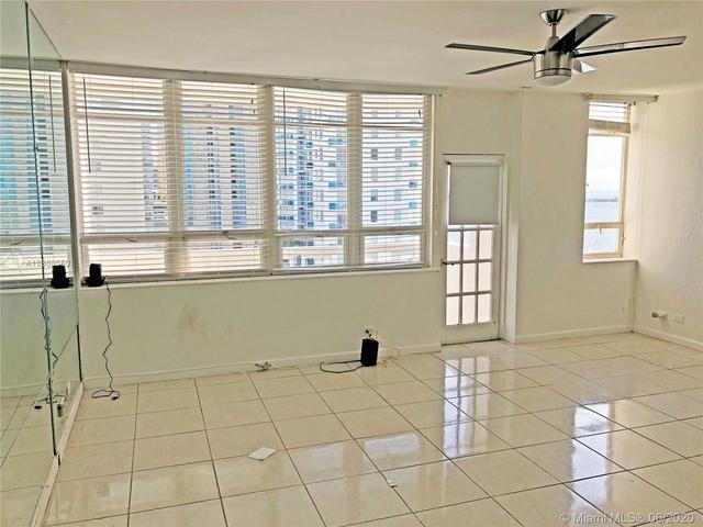 Studio, Media and Entertainment District Rental in Miami, FL for $1,300 - Photo 2