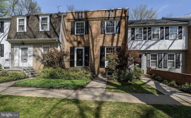 3 Bedrooms, Chevy Chase Rental in Washington, DC for $3,650 - Photo 1