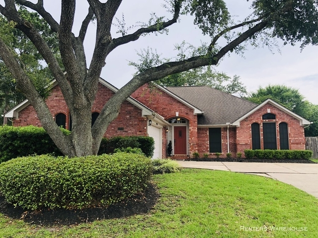3 Bedrooms, Bay Knoll Rental in Houston for $1,895 - Photo 1