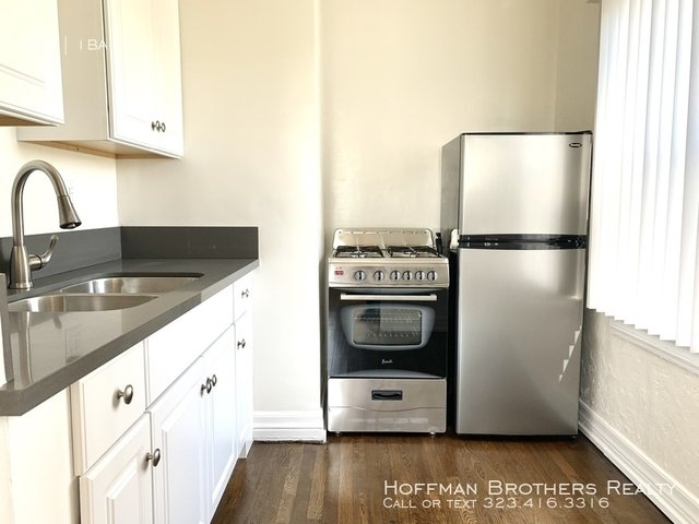 Studio, Hollywood Studio District Rental in Los Angeles, CA for $1,395 - Photo 2