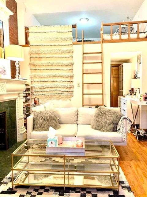 Studio, Lincoln Square Rental in NYC for $2,375 - Photo 1