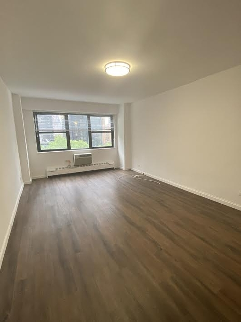 Studio, Turtle Bay Rental in NYC for $2,848 - Photo 1