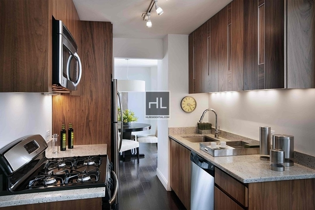 Studio, Yorkville Rental in NYC for $3,425 - Photo 2