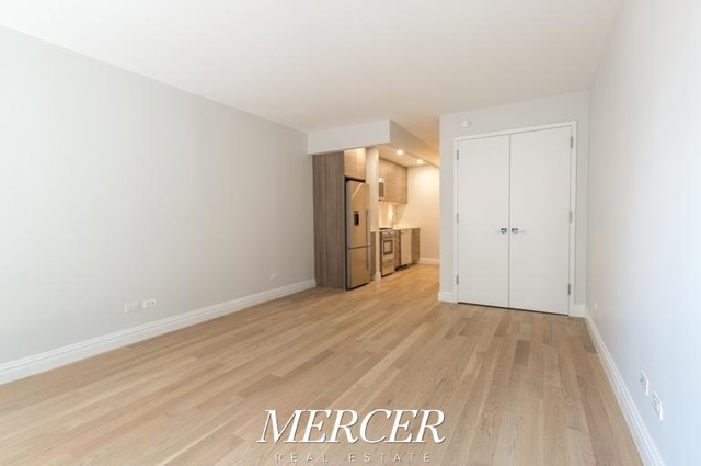 Studio, Theater District Rental in NYC for $2,991 - Photo 2