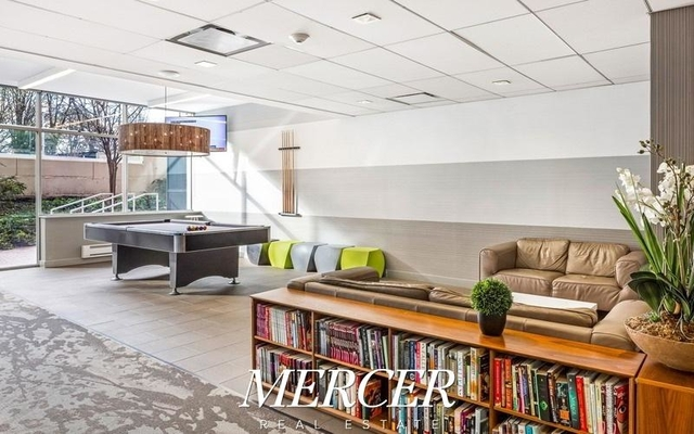 Studio, Battery Park City Rental in NYC for $3,355 - Photo 2