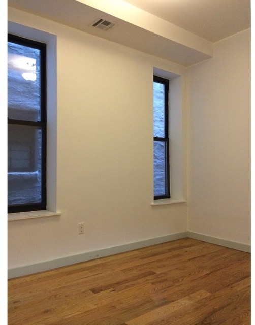 Room, Crown Heights Rental in NYC for $925 - Photo 2