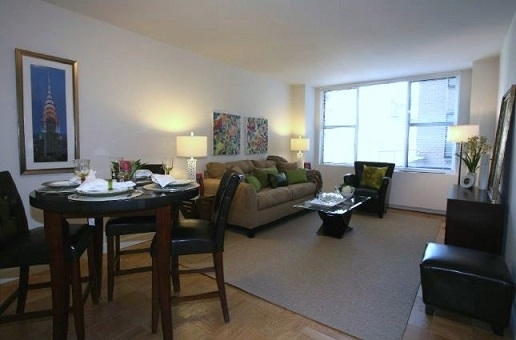 1 Bedroom, Upper East Side Rental in NYC for $2,929 - Photo 1