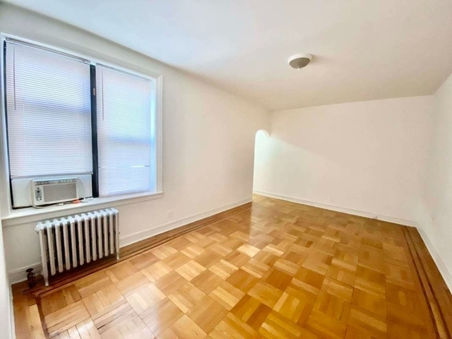 1 Bedroom, Bay Ridge Rental in NYC for $1,900 - Photo 2