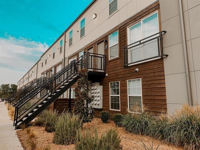 2 Bedrooms, Northeast Dallas Rental in Dallas for $1,465 - Photo 2