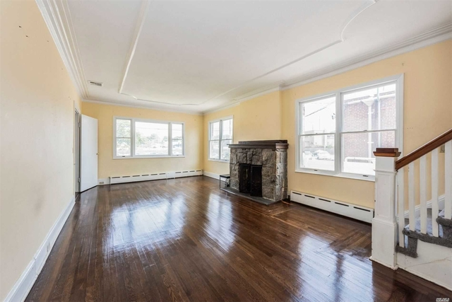 4 Bedrooms, Hewlett Rental in Long Island, NY for $4,100 - Photo 2