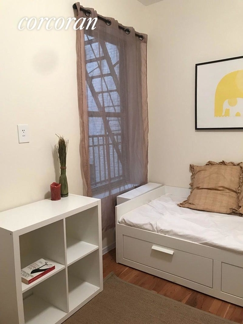 Studio, Lincoln Square Rental in NYC for $1,675 - Photo 2