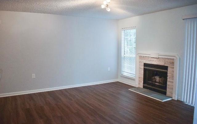 2 Bedrooms, Fulton Rental in Atlanta, GA for $1,450 - Photo 2