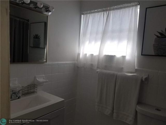 1 Bedroom, Royal Poinciana Rental in Miami, FL for $1,550 - Photo 1
