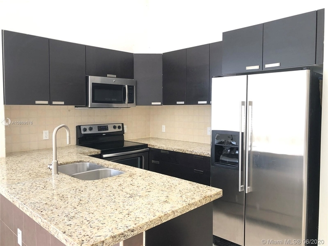 3 Bedrooms, Croissant Park Rental in Miami, FL for $2,800 - Photo 1