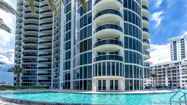 3 Bedrooms, Miami Beach Rental in Miami, FL for $6,950 - Photo 1