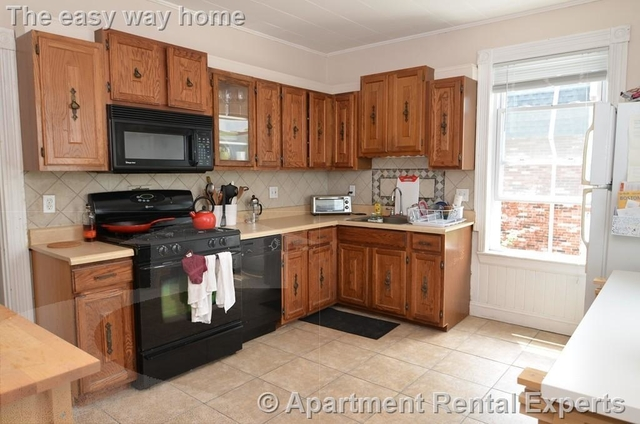 3 Bedrooms, Ward Two Rental in Boston, MA for $3,400 - Photo 2