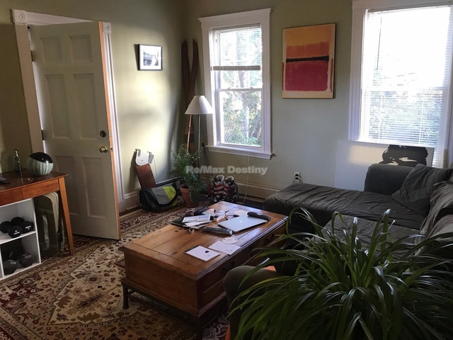 2 Bedrooms, Inman Square Rental in Boston, MA for $2,600 - Photo 2