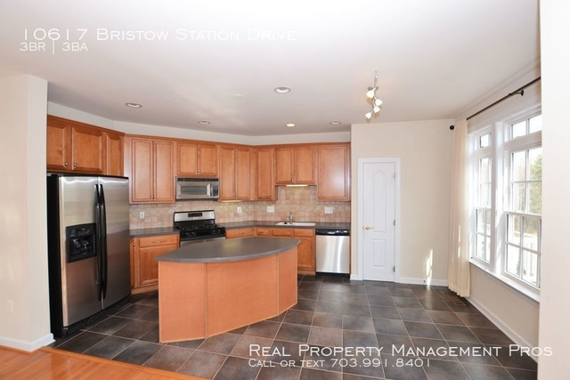 3 Bedrooms, New Bristow Village Rental in Washington, DC for $2,299 - Photo 2