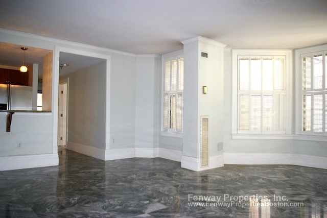 2 Bedrooms, Back Bay West Rental in Boston, MA for $3,250 - Photo 1