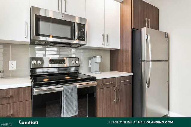 1 Bedroom, Greektown Rental in Chicago, IL for $2,615 - Photo 2