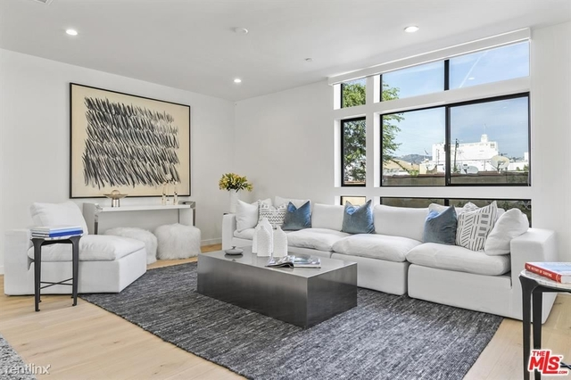 3 Bedrooms, Beverly Crest Rental in Los Angeles, CA for $7,200 - Photo 1