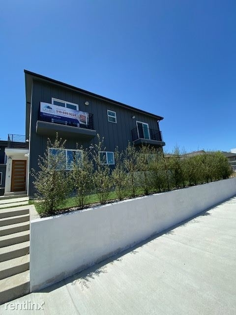 3 Bedrooms, Westchester Rental in Los Angeles, CA for $3,595 - Photo 1