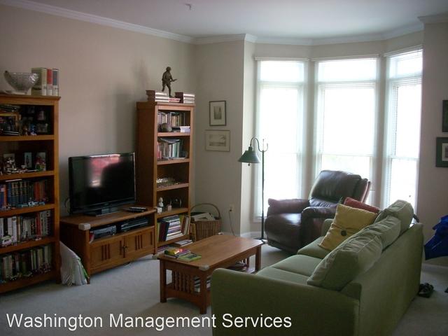 3 Bedrooms, Rose Hills Falls Rental in Washington, DC for $2,700 - Photo 2