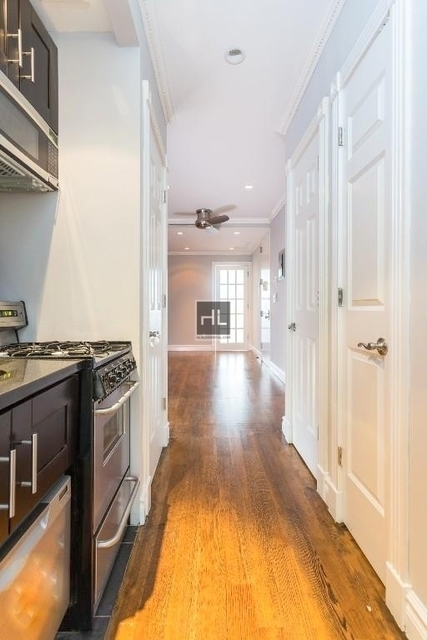 3 Bedrooms, Chelsea Rental in NYC for $5,787 - Photo 1