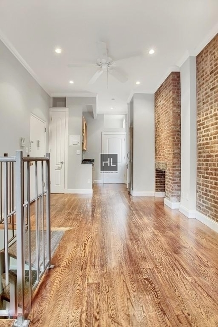 2 Bedrooms, West Village Rental in NYC for $6,225 - Photo 1