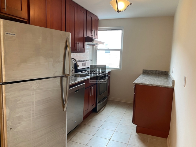 2 Bedrooms, Ditmars Rental in NYC for $2,450 - Photo 1