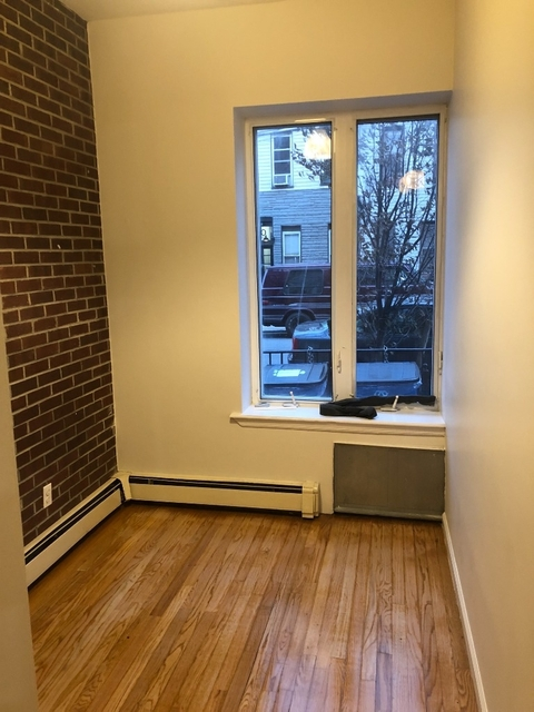 3 Bedrooms, East Williamsburg Rental in NYC for $2,428 - Photo 2