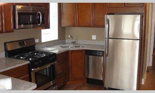 2 Bedrooms, Irving Park Rental in Chicago, IL for $1,650 - Photo 1