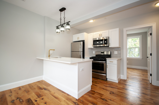 2 Bedrooms, Central Maverick Square - Paris Street Rental in Boston, MA for $2,400 - Photo 1