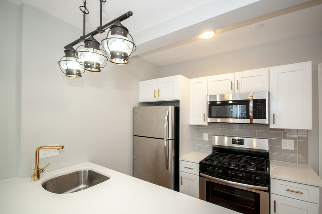 2 Bedrooms, Central Maverick Square - Paris Street Rental in Boston, MA for $2,400 - Photo 2