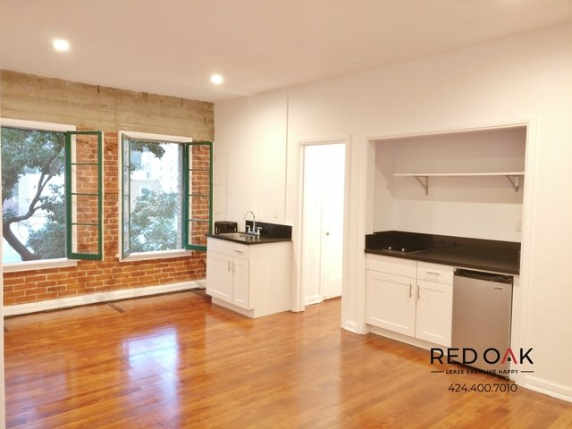Studio, Hollywood Hills West Rental in Los Angeles, CA for $1,295 - Photo 1