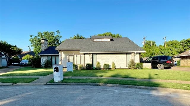 5 Bedrooms, Greenwood Hills North Rental in Dallas for $3,000 - Photo 1