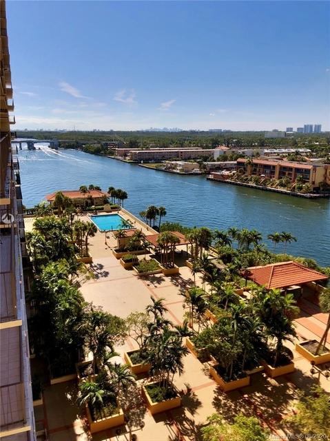 2 Bedrooms, Miami Beach Rental in Miami, FL for $2,600 - Photo 1
