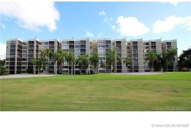 1 Bedroom, Country Club Apartments at Bonaventure Rental in Miami, FL for $1,450 - Photo 1