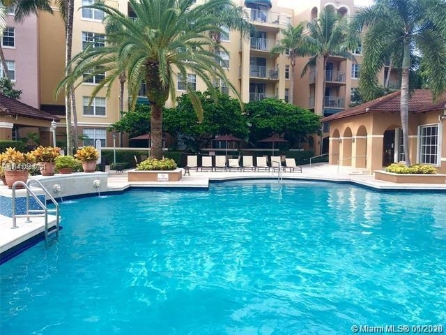 2 Bedrooms, Biscayne Yacht & Country Club Rental in Miami, FL for $2,000 - Photo 1