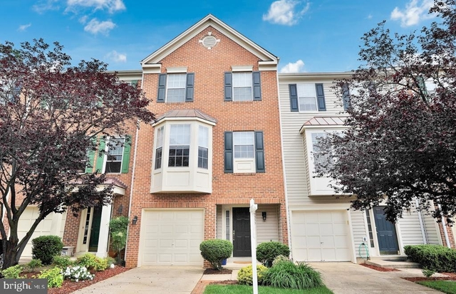 3 Bedrooms, Springfield Rental in Washington, DC for $2,850 - Photo 1