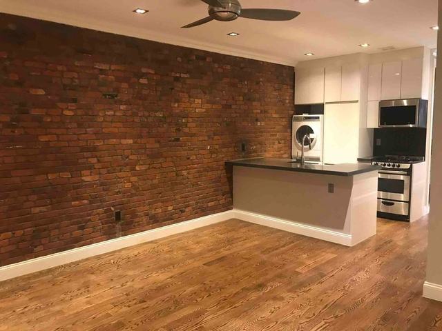 4 Bedrooms, Hell's Kitchen Rental in NYC for $5,270 - Photo 1