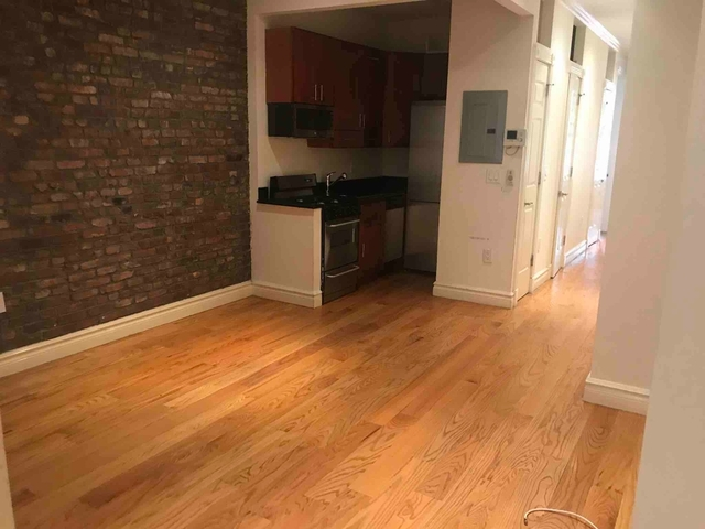 4 Bedrooms, Hell's Kitchen Rental in NYC for $5,533 - Photo 1