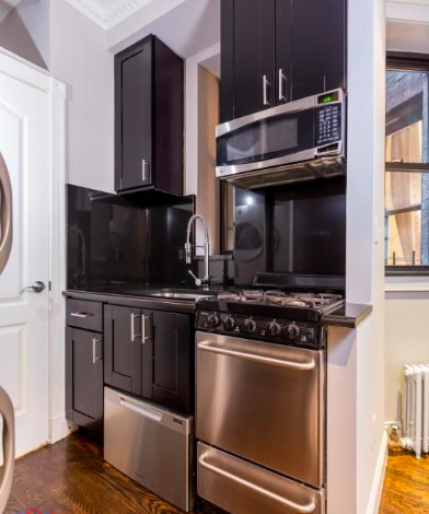 4 Bedrooms, Hell's Kitchen Rental in NYC for $5,995 - Photo 2