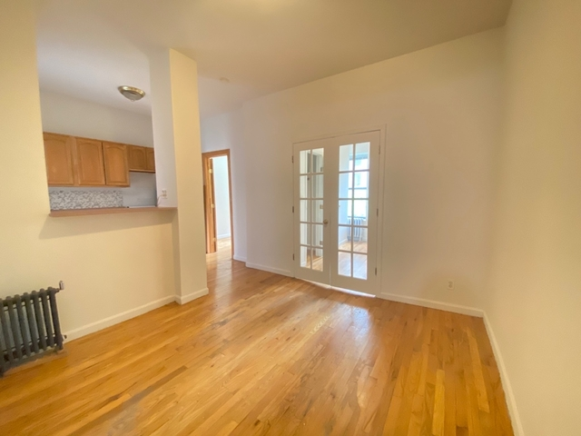 2 Bedrooms, Turtle Bay Rental in NYC for $2,379 - Photo 1