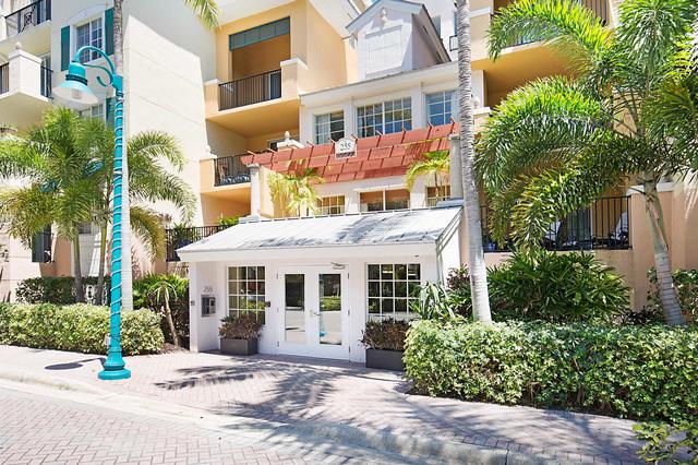2 Bedrooms, Pineapple Grove Village Condominiums Rental in Miami, FL for $2,500 - Photo 2