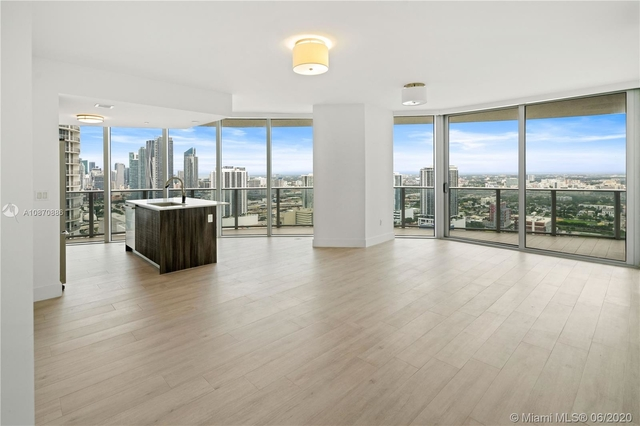 2 Bedrooms, Media and Entertainment District Rental in Miami, FL for $3,050 - Photo 1